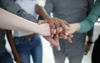 Partenariats avec des associations